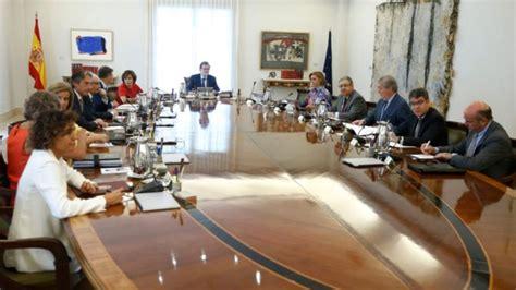 destituyen a un vicepresidente de consejo de ministros de cuba