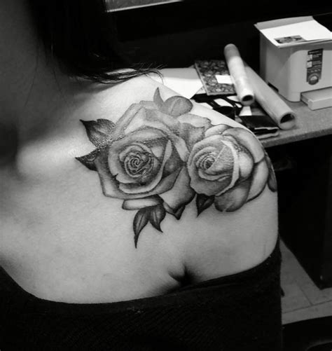 rose shoulder tattoos tumblr 70 exceptional shoulder designs mens craze