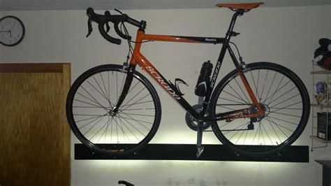 fahrrad wandhalterung holz fahrrad wandhalterung tv zubeh 246 r einebinsenweisheit