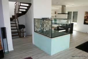 Raumteiler Im Wohnzimmer by Meerwasser Aquaristik Korallen Sonnen Riff De