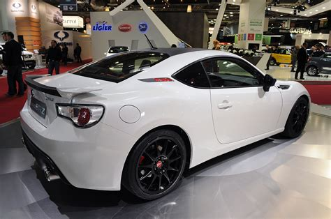 custom white subaru brz subaru brz xt line concept shows off custom look autoblog