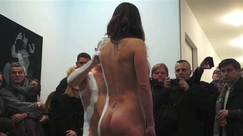 Live Nude Body Painting Youtube Linkis Com