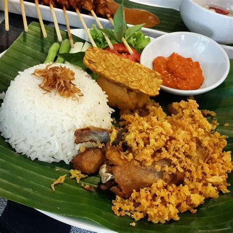 Paket Hemat Ayam Goreng Paha Bawah ayam goreng kremes nasi kateringmurah