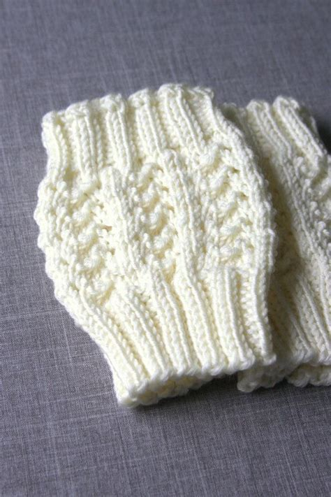 boot toppers knitting pattern 25 best ideas about knitted boot cuffs on