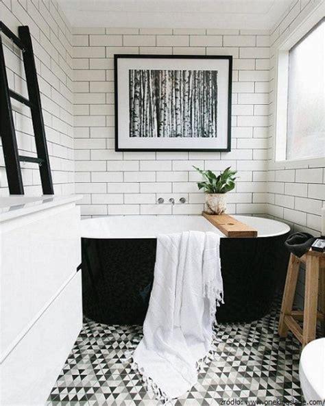 monochrome bathroom ideas czarno na białym aranżacje łazienek black white