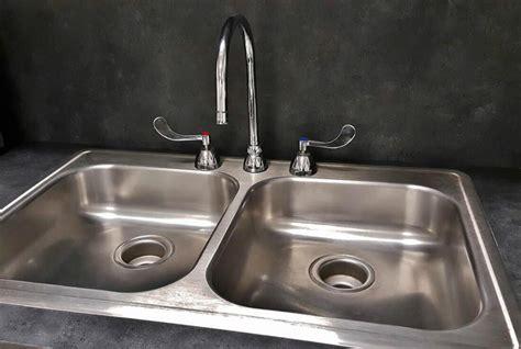 sostituire rubinetto cucina cambiare un rubinetto in cucina come risolvere il