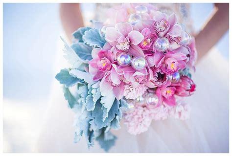 relaxing with rose quartz serenity glitz events inspirational winter wedding in pantone 2016 wedding