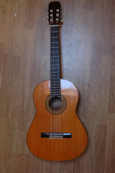 Suzuki Classical Guitar Kiso Suzuki Guitars November 2010