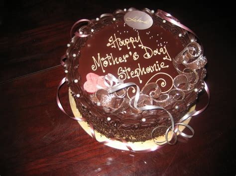Mothers Day Chocolate Cakes ? WeNeedFun