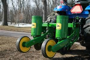 midwest wildlife management used deere 71 2 row planter