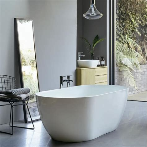 clearwater formoso freestanding bath clearstone