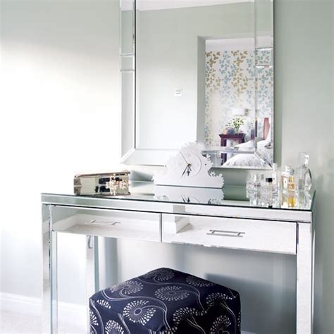 mirrored bedroom vanity table mirrored dressing table bedrooms decor ideas image