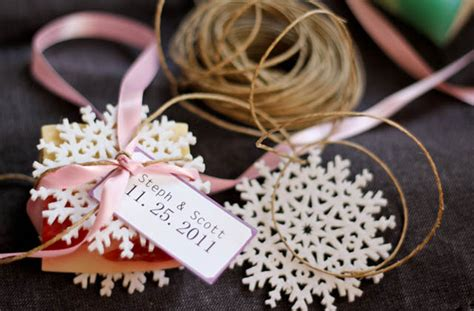 Handmade Wedding Favours - 15 creative wedding favor ideas random talks