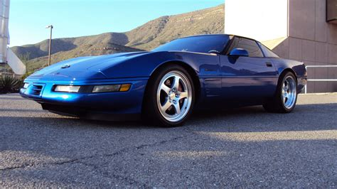 La Endless Auto Eyeliner 307 Midnite Blue 1 1994 c4 corvette ultimate guide overview specs vin info performance more