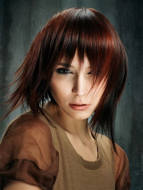 20 popular medium length hairstyles with bangs magment
