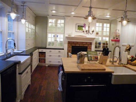 mixing metals in kitchen mixing metals in home decor