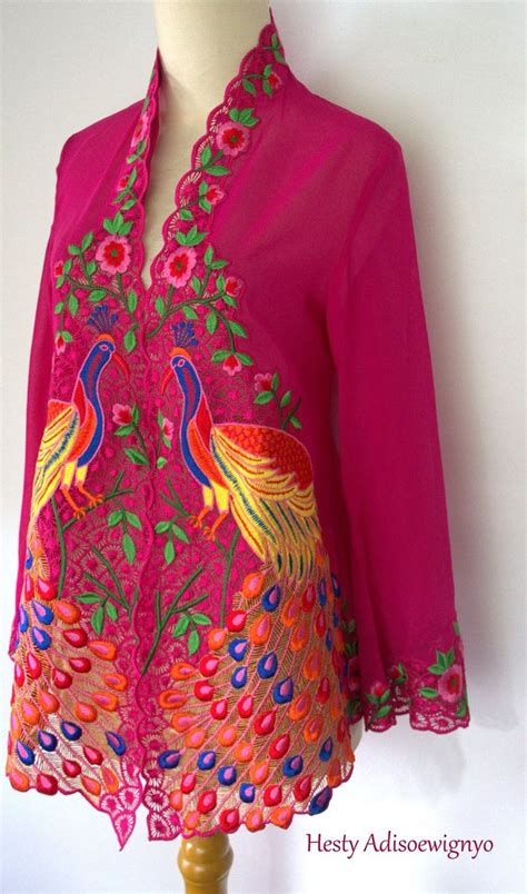Baju Cheongsam Modern Sale 1000 ideas about modern batik dress on batik
