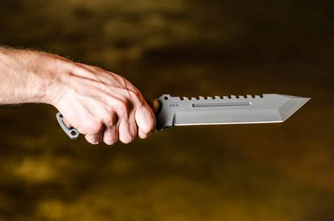 tops steel eagle 107d steel eagle 107d delta class knife tops knives tactical