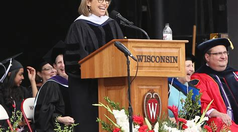 katie couric uva commencement speech 14 life lessons from 2015 commencement speeches real simple