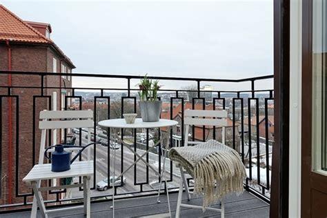 decoracion de balcones interiores s 225 cale partido a tu balc 243 n decoraci 243 n de interiores y