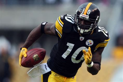 santonio holmes wants to finish his career with the