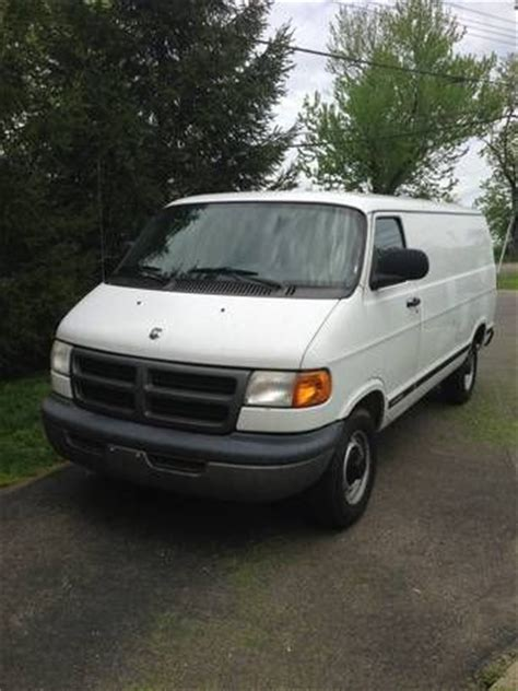 sell used 2003 dodge ram 2500 van base extended cargo van 3 door 5 2l in cleves ohio united states