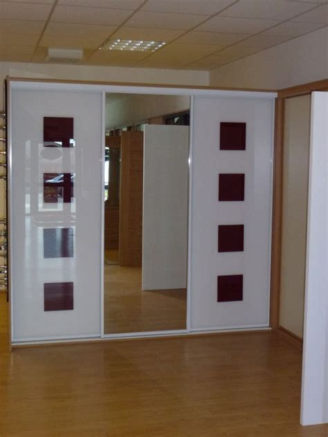 Wardrobe Panels by Wardrobes Doors 3 Sliding Wardrobe Doors 3 Panel Monaco