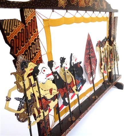 Jual Kotak Musik Jogja jual miniatur pagelaran wayang kulit halus kayu batik