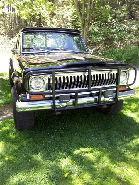 jeep j10 golden eagle jeep j10 golden eagle 1978 360 4speed cars pinterest