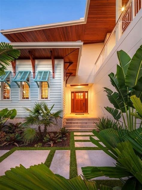tropical blinds and awnings best 25 bahama shutters ideas on pinterest diy exterior