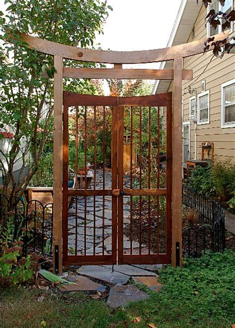 Japanese Garden Gates Ideas 17 Best Ideas About Small Yard Design On Pinterest Small Backyard Design Small Yards And
