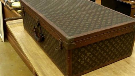 Louis Vuitton Tressage Classic 2993 louis vuitton vintage luggage