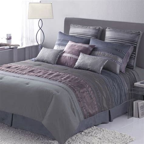 Looking For Bedspreads Best 16 Looking For A Manly Purple Bedspread Images On