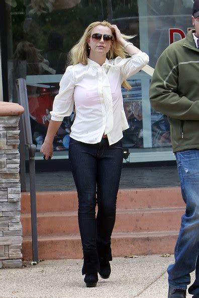 Britneys Wears Pink by More Pics Of Button Shirt 17 Of 17