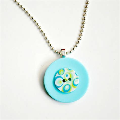 easy jewelry 11 easy diy buttons jewelry projects jewelry from