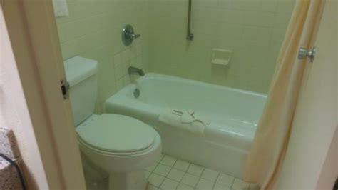 No Scrub Bathtub Cleaner by