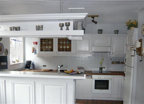 Dunkle Schränke In Der Küche by Einbauk 252 Che Wei 223 Streichen Rheumri