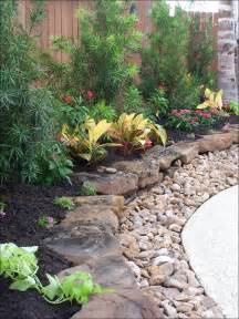 landscaping around pool on