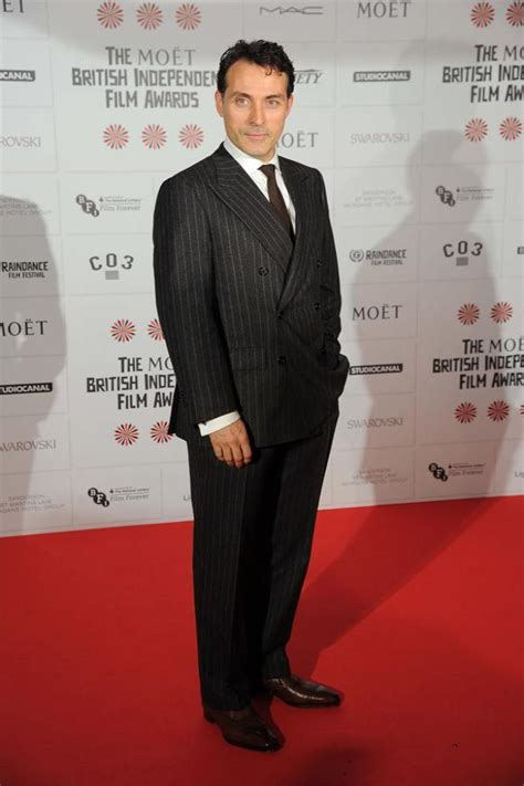 rufus sewell fitness rufus sewell signs up for hercules