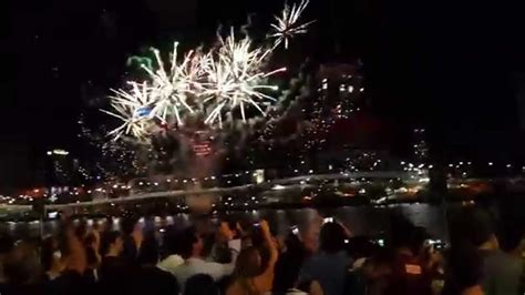 new year brisbane 2015 new year fireworks brisbane 2015