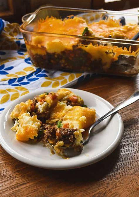 make cottage pie easy cheesy ground beef shepherd s pie cottage pie