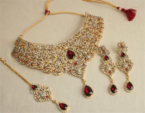 Dinaya Set Maroon 05 buy gorgeous maroon bridal oxidized gold color choker necklace set