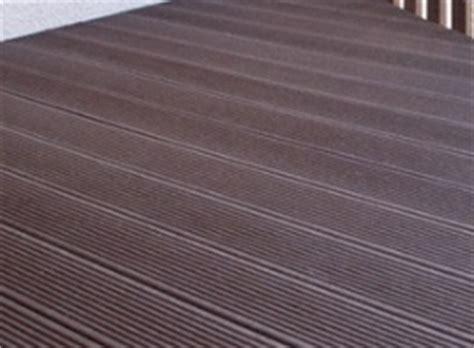 pavimenti in plastica pavimenti per esterni in plastica che sembra legno