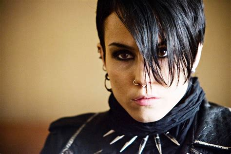 the girl with the dragon tattoo movie the with the picture 8
