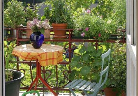 decorar jardines pequeños con plantas como decorar una terraza pequea trendy terraza pequea