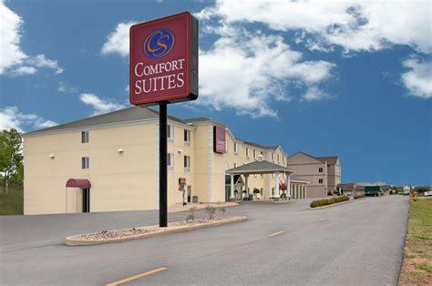 comfort suites escanaba escanaba michigan hotels motels rates availability