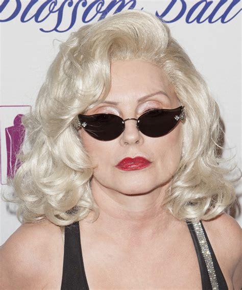 older women with platinum blonde pink hair debbie harry hairstyles bakuland women man fashion blog