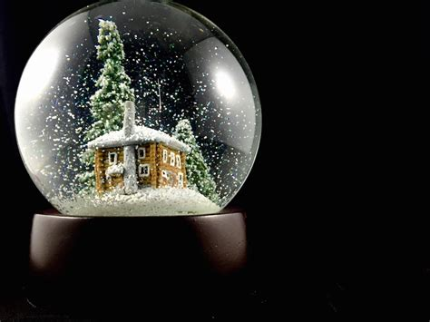snow globe with fan queen of snow globes log cabin snow globe