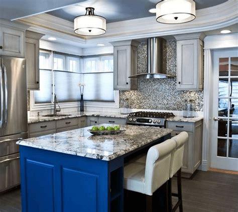 Flush Mount Kitchen Lighting Ideas 25 Best Ideas About Fluorescent Kitchen Lights On Pinterest Fluorescent Light Fixtures