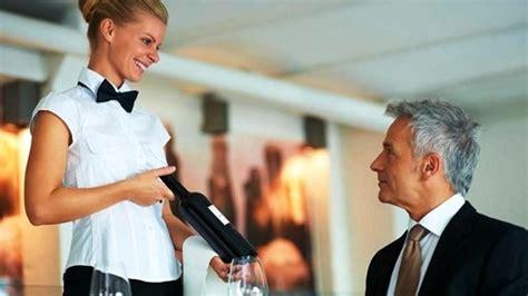 offerte di lavoro cameriere roma dai camerieri ai custodi a testaccio si cerca personale